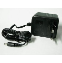 Alimentatore a Spina - AC/DC Adaptor 230V~ out +12Vdc 600mA