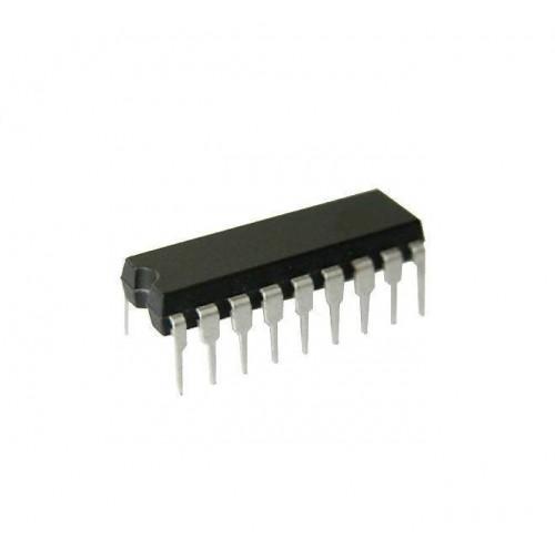 Circuito Integrato PIC16C622A/04P - Case: DIP18