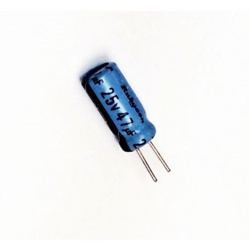 Condensatore Elettrolitico 47uF 25V 85°C Radiale 5x11mm Rubycon (3 pezzi)