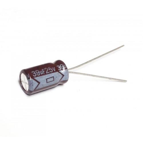 Condensatore Elettrolitico Radiale 39uF 25V 105°C dim. 7x12mm