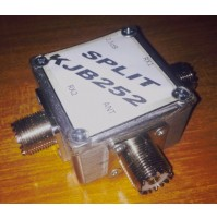 SPLITTER DUAL IN RX HF ANTENNA FREQ. 5--60 MHZ INSERZIONE 2,5 DB mod. KJB252